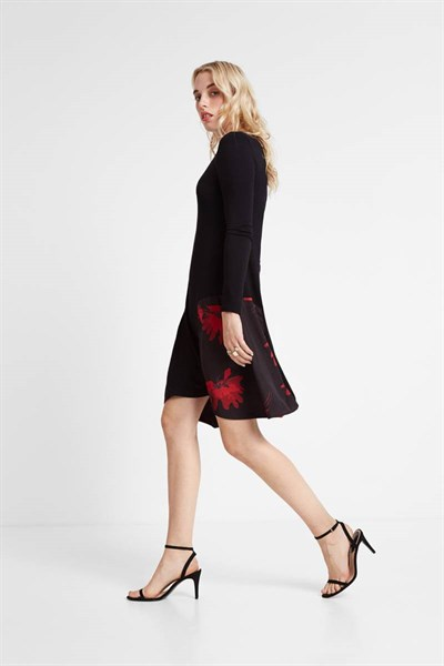 šaty Desigual Siroua negro