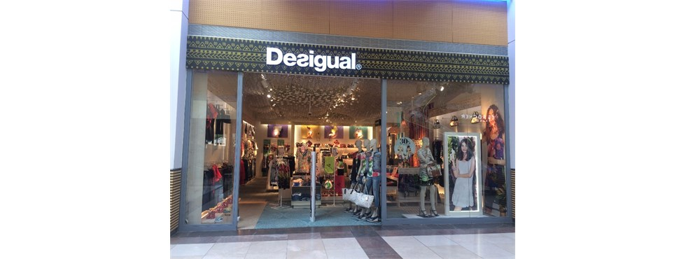 Desigual Hatě - Freeport Fashion Outlet