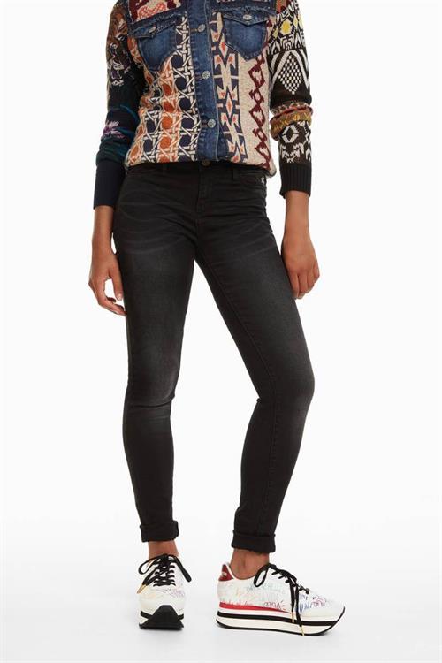 jeansy Desigual Second skin black denim