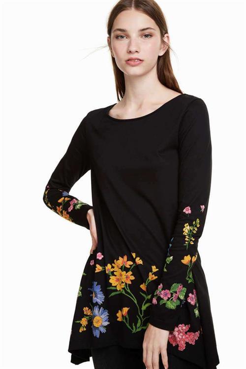 tričko Desigual Corinne negro