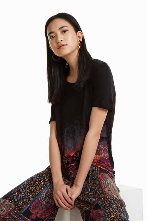 tričko Desigual Leonor negro
