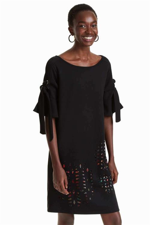 šaty Desigual Alma negro
