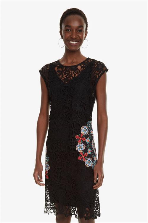 šaty Desigual Malpaso negro