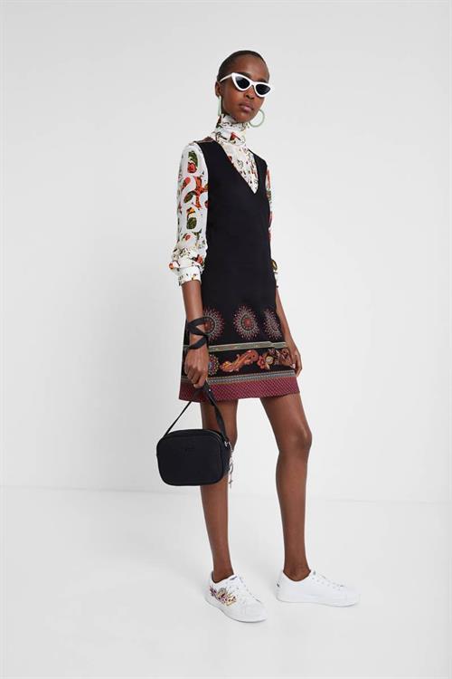 šaty Desigual Amelie negro