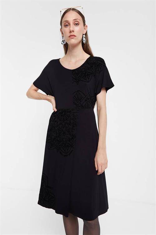 šaty Desigual Klency negro