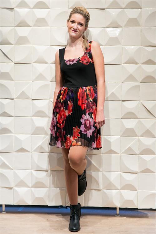 šaty Desigual Sonia Rep negro