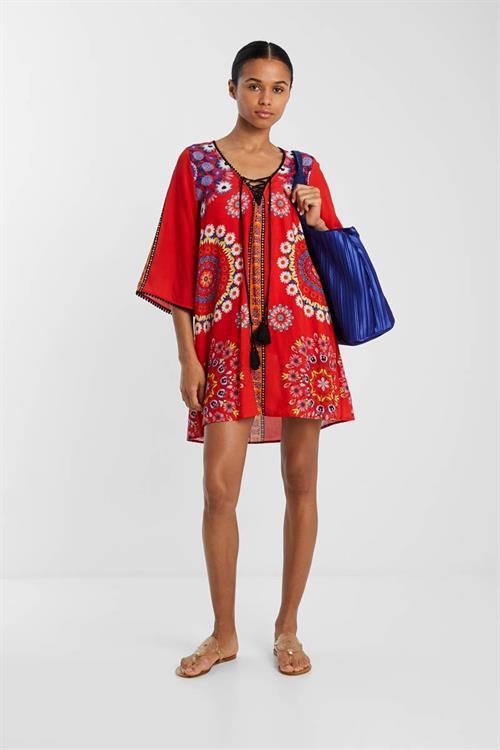 plážové šaty Desigual Creta rojo clavel