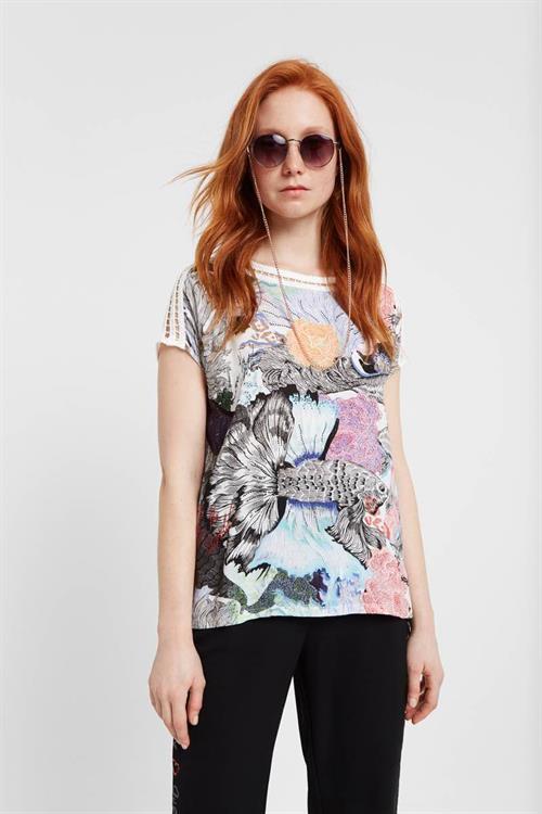 tričko Desigual Viena carmin