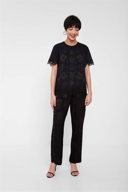 tričko Desigual Gante negro