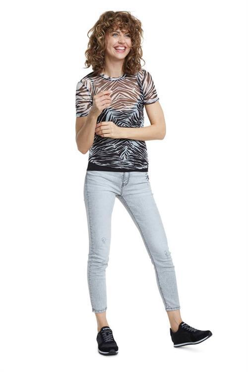 tričko Desigual Julia negro