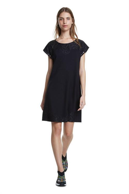 šaty Desigual Banquet negro