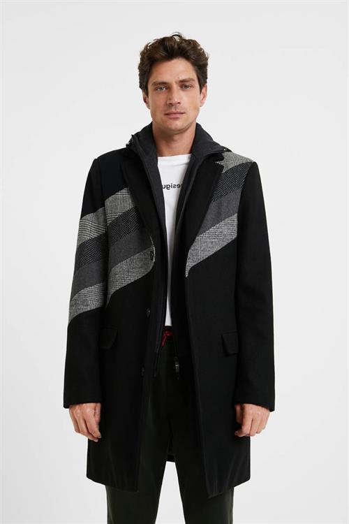 kabát Desigual Plaza negro