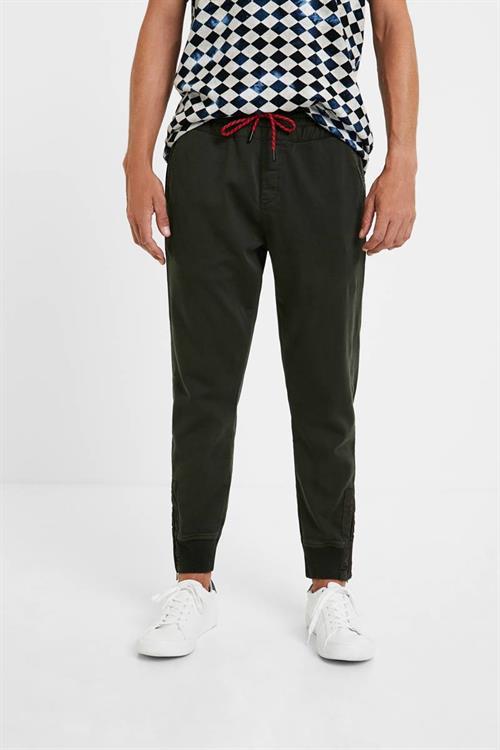 kalhoty Desigual Jhon verde militar