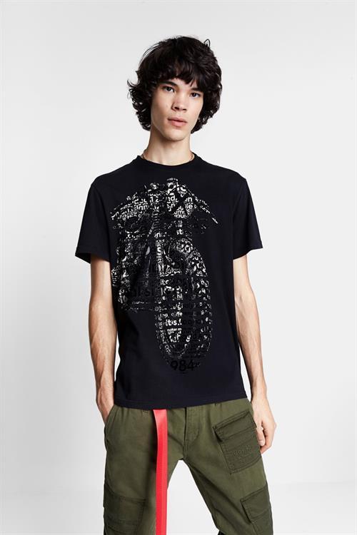 tričko Desigual German negro