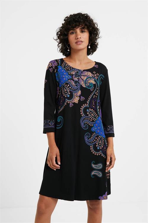 šaty Desigual Washintong negro