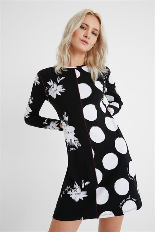 šaty Desigual Mixras negro