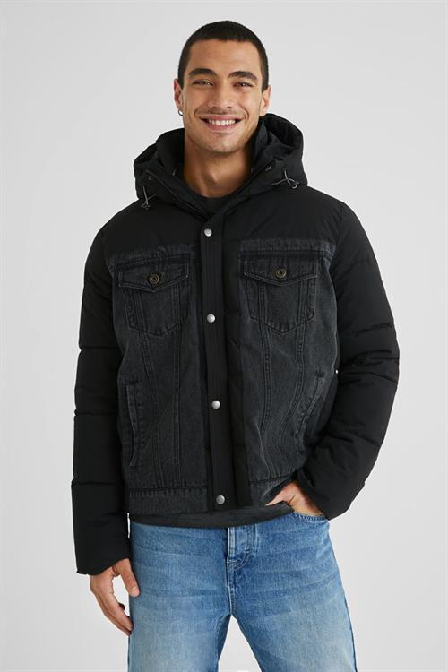 kabát Desigual Abruzzo negro