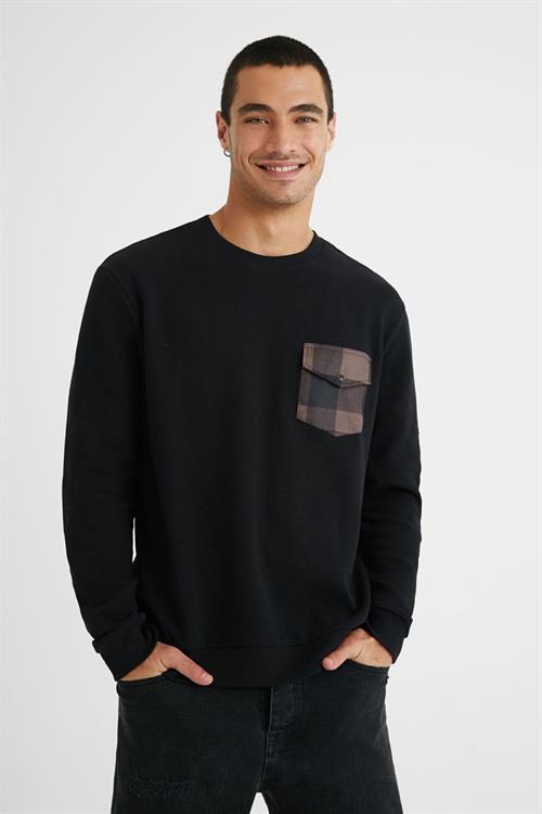 tričko Desigual Kenet negro