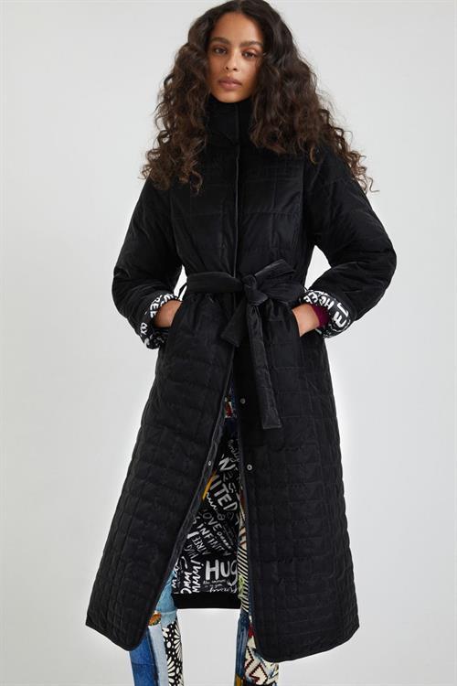 kabát Desigual Granollers negro