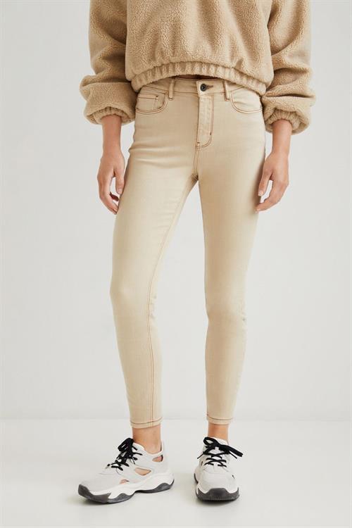 džínsy Desigual Alba crudo beige