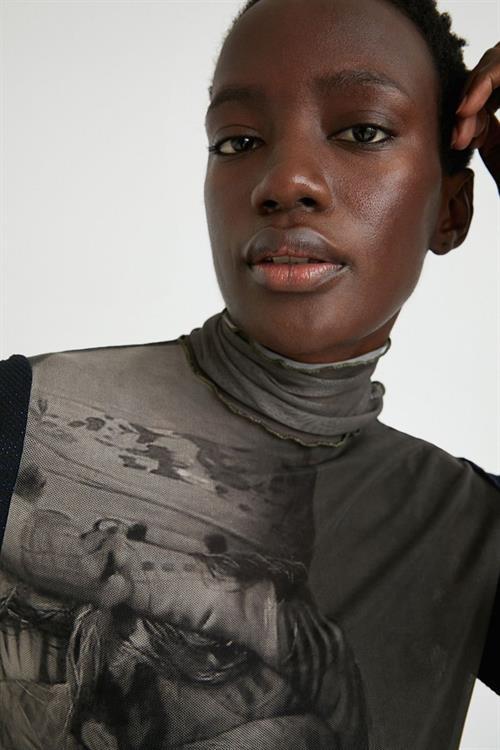 tričko Desigual Sepi gris marron